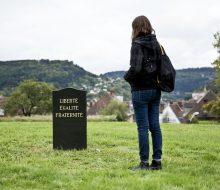 SpY-funeral_BU-france-19